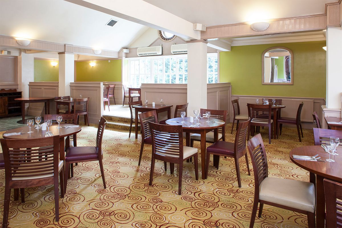 Holiday Inn Ipswich Orwell Priory restaurant